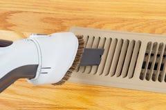 WithVacuum del respiradero del calentador de la limpieza fotos de archivo libres de regalías