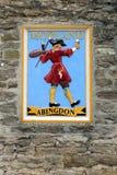 WITNEY, OXFORDSHIRE/UK - 23 ΜΑΡΤΊΟΥ: Πινακίδα Showi ζυθοποιείων Morland Στοκ Εικόνες