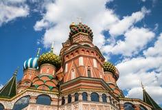 Świątobliwa basil katedra w placu czerwonym w zimie przy zmierzchem, Moskwa, Obraz Stock