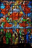 Witraży okno z religijnymi wizerunkami w Santuà ¡ Rio das Almas kościół przy Niteroi, obrazy stock