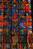 Witraży okno z religijnymi wizerunkami w Santuà ¡ Rio das Almas kościół przy Niteroi, zdjęcia stock