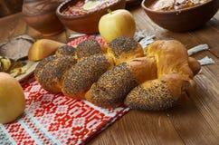 Witrussisch verdraaid wit brood royalty-vrije stock afbeeldingen