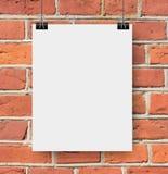 Witte affiche op een kabel Royalty-vrije Stock Afbeeldingen