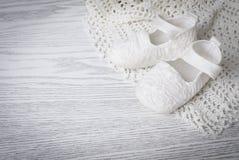 Witte babylaarzen Royalty-vrije Stock Afbeeldingen