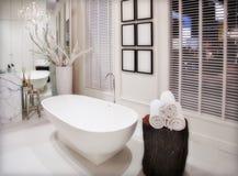 Witte badkamers royalty-vrije stock fotografie