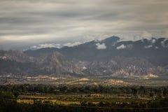 Witte bergen, in de provincie van San Juan, Argentinië Stock Afbeeldingen