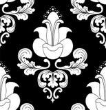 Witte bloemen op zwarte achtergrond Stock Afbeeldingen
