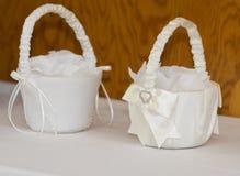 Witte bloemmanden royalty-vrije stock afbeelding
