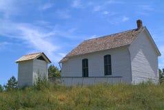 Witte cabine in platteland Royalty-vrije Stock Foto