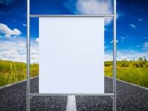 Witte canvasrek op metaalpijp Stock Afbeelding