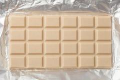 Witte Chocoladereep in Verpakking Stock Foto's