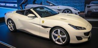 Witte de luxesportwagen van Ferrari Portofino royalty-vrije stock afbeelding