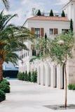 Witte dijk in Porto Montenegro royalty-vrije stock afbeeldingen