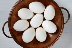 Witte eieren op een plaat Royalty-vrije Stock Foto