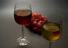 Witte en rode wijn Stock Afbeelding