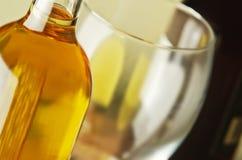 Witte en rode wijn Royalty-vrije Stock Afbeeldingen