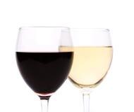 Witte en rode wijnglazen Stock Afbeeldingen