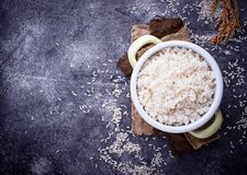 Witte gekookte rijst op pot Stock Foto