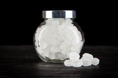 Witte geraffineerde suiker in een kom Royalty-vrije Stock Foto