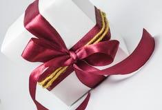 Witte giftdoos Royalty-vrije Stock Afbeeldingen