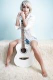 Witte gitaar Stock Afbeeldingen