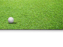 Witte Golfbal op Groen Gras Royalty-vrije Stock Foto