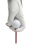 Witte golve, golfbal en rood T-stuk Royalty-vrije Stock Fotografie