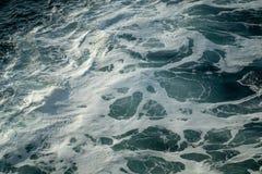 Witte golven van Spaanse overzees royalty-vrije stock fotografie