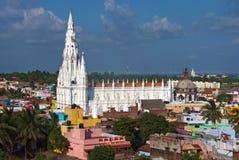 Witte gotische kathedraal Stock Afbeelding