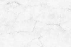 Witte (grijze) marmeren textuur, gedetailleerde die structuur van marmer in natuurlijk voor achtergrond wordt gevormd en ontwerp Stock Afbeelding