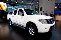 Witte jeepauto Nissan Navara Royalty-vrije Stock Afbeelding