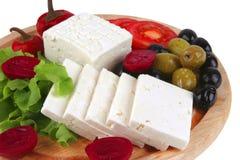 Witte kaas die op plaat wordt gediend Stock Fotografie