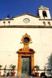 Witte Kerk & klokketoren stock afbeelding