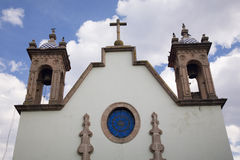 Witte kerk in Mexico stock foto
