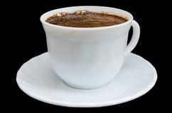 Witte koffiekop op zwarte achtergrond Stock Afbeeldingen