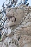 Witte marmeren leeuw stock foto