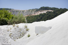 Witte marmeren steengroeve stock foto