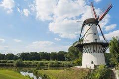 Witte molen Royalty-vrije Stock Afbeelding