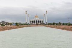 Witte moskee Stock Afbeeldingen