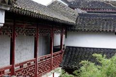 Witte muren en zwart spectrum tegel-Qingyun Royalty-vrije Stock Foto