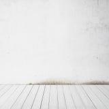 Witte muur en houten vloer Royalty-vrije Stock Foto's