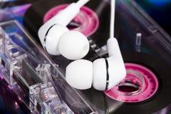 witte oortelefoons Stock Fotografie