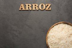 Witte organische ruwe rijst - sativa Oryza stock afbeelding