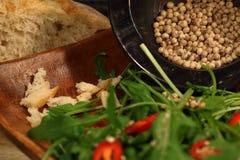 Witte peper met salade Royalty-vrije Stock Foto
