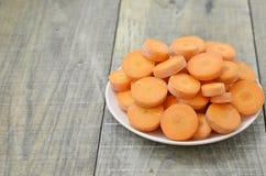 Witte plaat met beste voedsel voor de ogenwortelen, detail Royalty-vrije Stock Foto