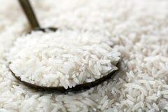 Witte Rijst op Lepel stock afbeelding