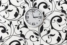 Witte ronde klok Royalty-vrije Stock Afbeeldingen