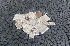 Witte Rose Memorial Leaflets bij Universiteit in München, Duitsland, Stock Afbeeldingen