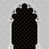 Witte steen gotische poort met klassieke decoratieve achtergrond Stock Foto's