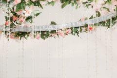 Witte tent voor huwelijksceremonie royalty-vrije stock foto's